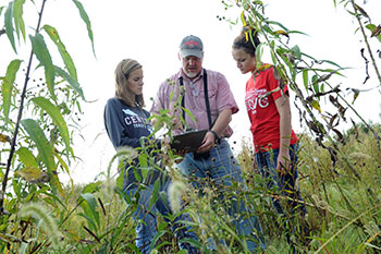 Central College Environmenal Studies Students